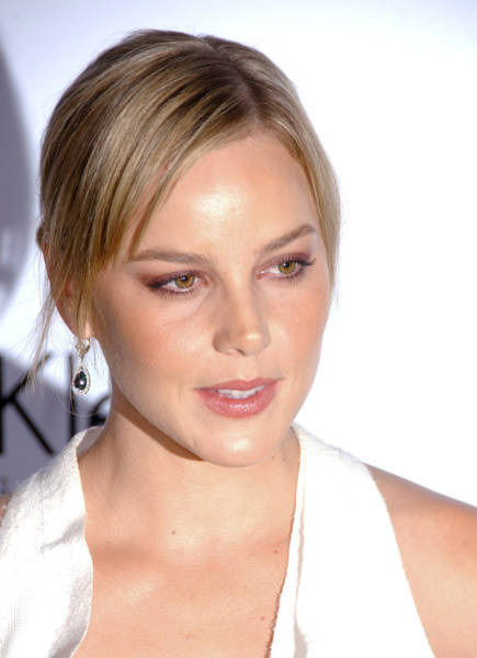 Abbie Cornish Pictures hot and sexy wallpapers