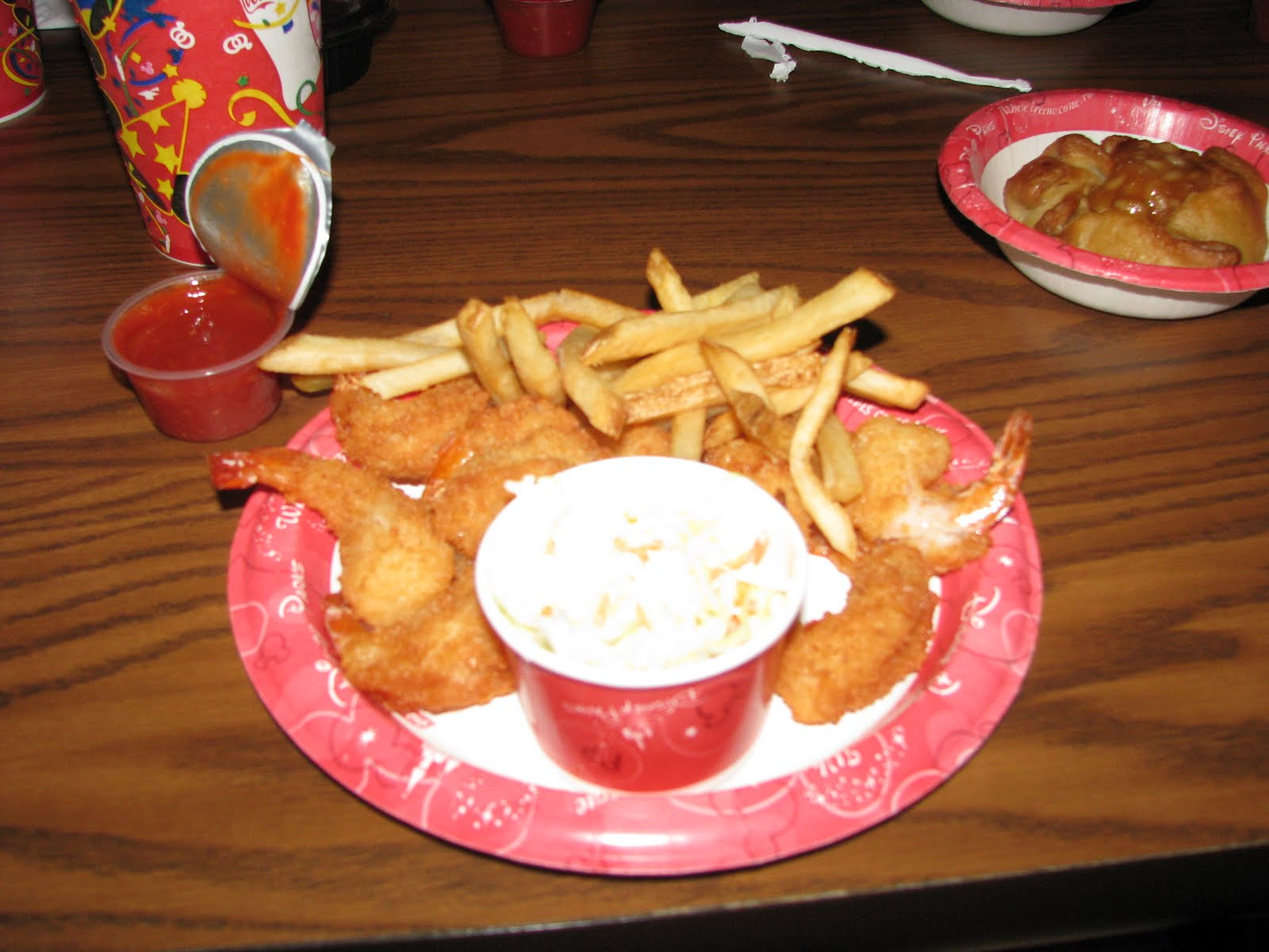 Review of columbia harbour house at the magic kingdom for Harbor house fish fry