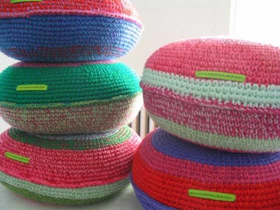 Puerta al sur trucos para decorar con almohadones tejidos - Almohadones para sillas ...