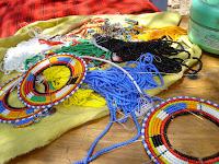 Бисероплетение – искусство создания украшений и узоров с помощью бисера
