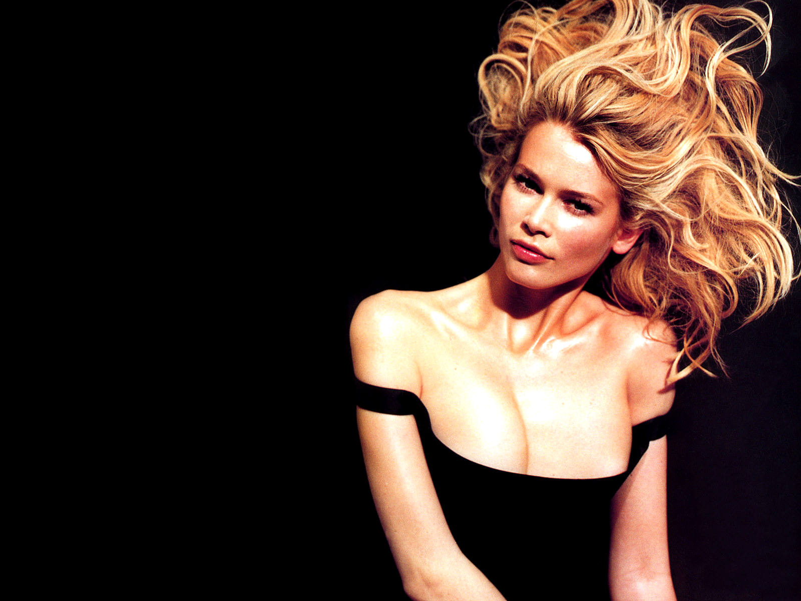 Celebrity Wallpapers | Claudia Schiffer | Hollywood Wallpapers |