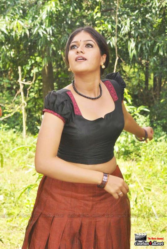 Malayalam Actress Meghna Hot In Yakshiyum Njanum
