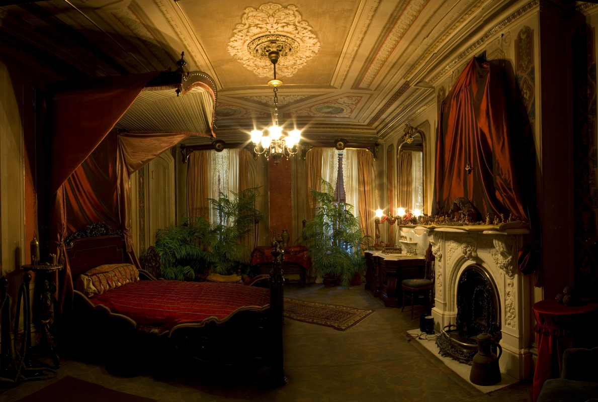 Photo quest a very victorian christmas Victorian bedrooms