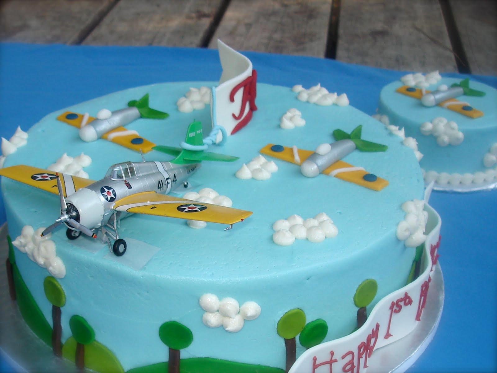 Susanas Cakes August 2010
