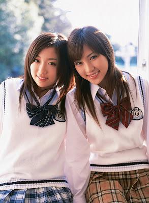 http://2.bp.blogspot.com/_cc_73sW0Sms/RtZGIcgcDpI/AAAAAAAABdc/Ei8Uj4VobUU/s400/Natsuko+Tatsumi+and+Sayuri+Otomo+2.jpg