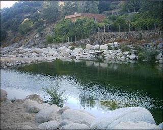 Un respiro candeleda un vergel a la vera de gredos for Candeleda piscinas naturales