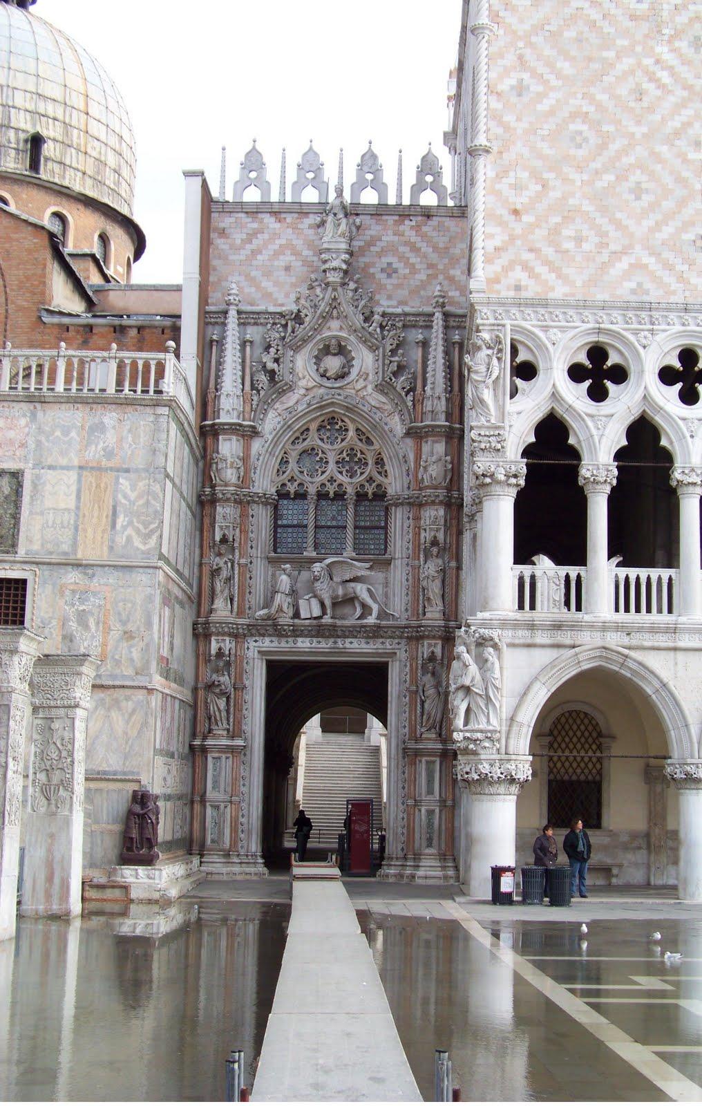 la casa violeta ojos ajenos san marcos en venecia y lo