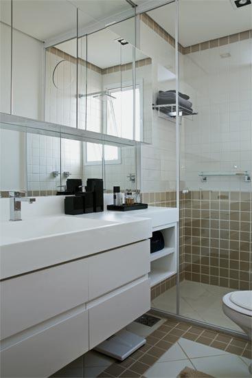 Banheiros 10 modelos modernos de diversos tamanhos ~ Passeo Condomínio Club -> Armario De Banheiro Branco E Preto