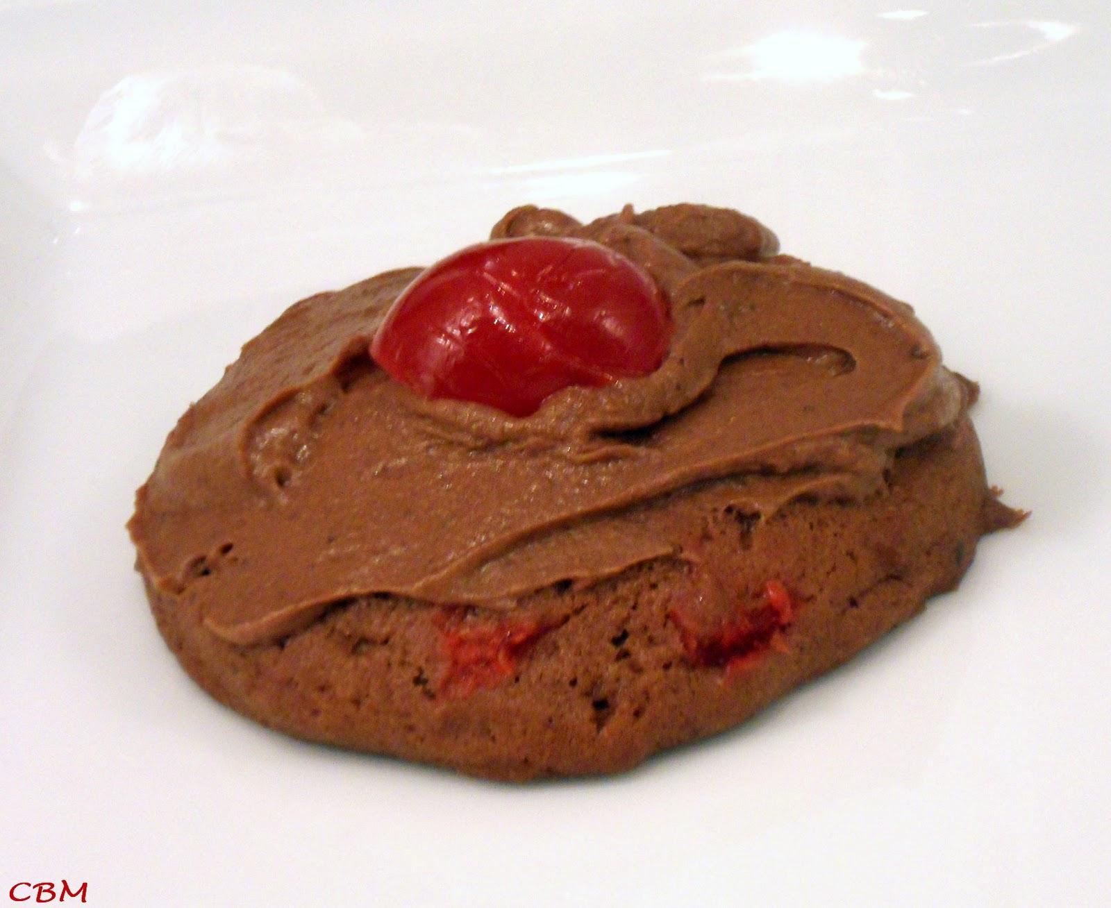 Dans la cuisine de blanc manger volcans au chocolat et for Tamiser cuisine
