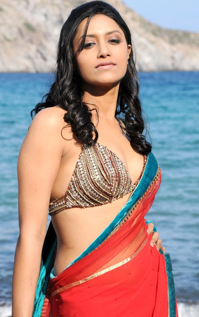 indian topless in movie
