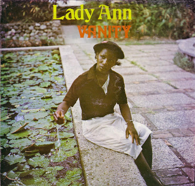 dans Lady Ann