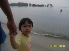 Farhah Naziha (kakak Neha)