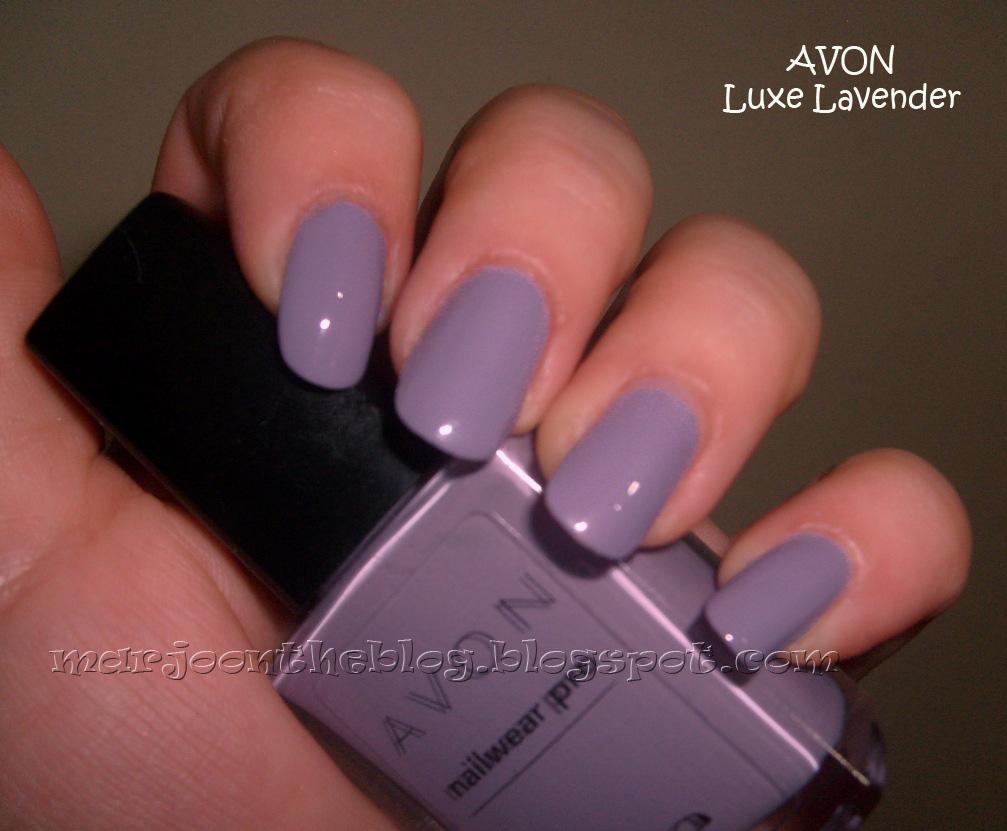Fotoğraflarda 2 kat Avon Luxe Lavender, üstünde 1 kat Sally Hansen...