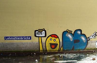 Grafffiti Lohmuehlenbruecke Berlin Alt-Treptow