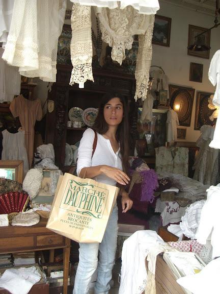 Tchelet Clignancourt market