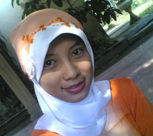 Download image Cewek Jilbab Hijab Kerudung 09 PC, Android, iPhone and ...