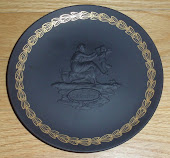 Black Basalt Mother Plate Wedgwood 1971