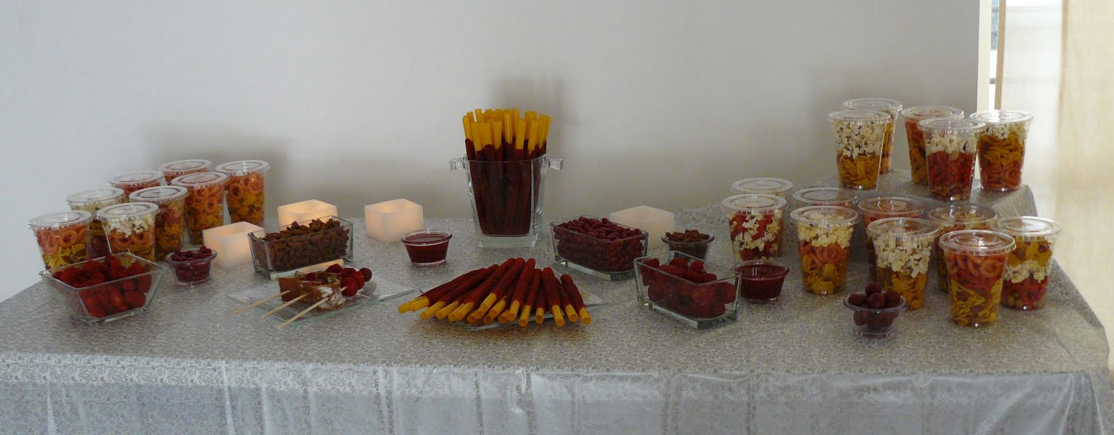 Mesa de salados para fiestas imagui for Mesa salada para cumple