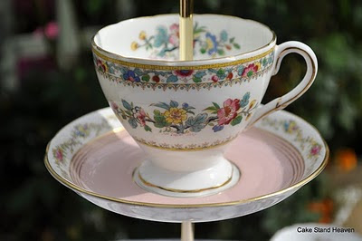 pink teacup cake stand