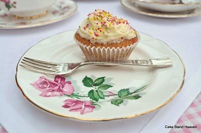 cupcake and tea plate