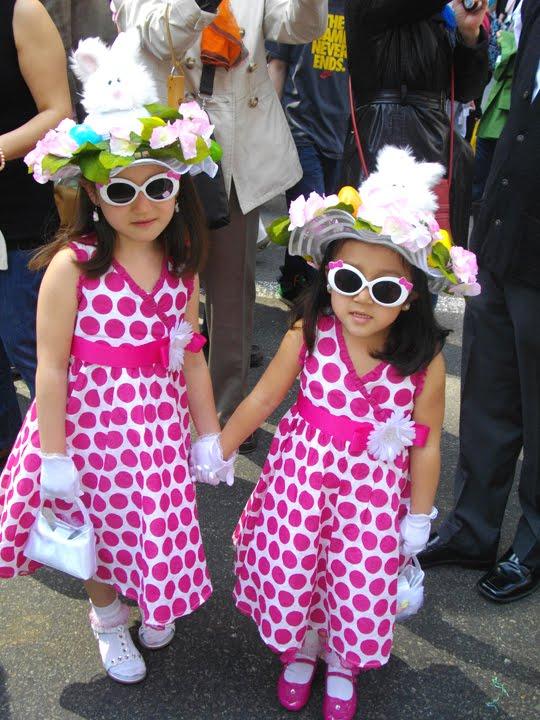 http://2.bp.blogspot.com/_cm1e4tl9DcE/S7lOZGq-UII/AAAAAAAABg8/3Hud6QxDLdQ/s1600/PinkPolkaDotGirls040410.jpg