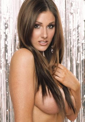 naked Lucy Pinder