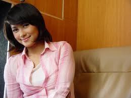 pembawa acara paling cantik diIndonesia