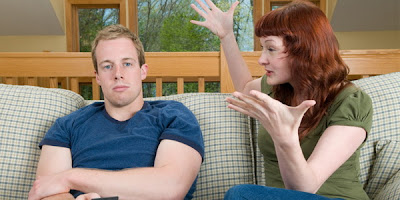 10 Perilaku Wanita Yang Mengganggu Pria [ www.BlogApaAja.com ]