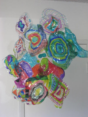 Marymaking dale chihuly inspired sculpture for Recycled glass art projects