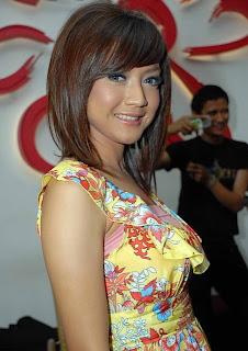 Wiwid Gunawan, memek artis perawan bugil, telanjang bulet, tetek artis, toket artis montok