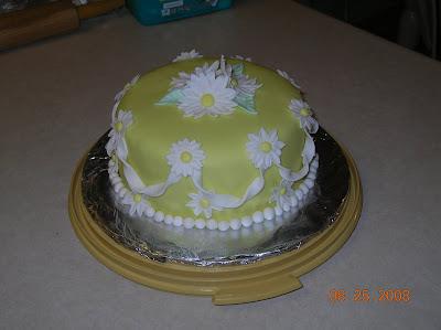 Wilton Cake Fondant Class : Hart-A-Cakes: Wilton Fondant & Gumpaste Course Final Cake
