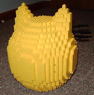 back side of lego birdhouse