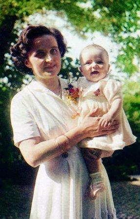 Santa Gianna Beretta ruega por todos los niños que estan por nacer