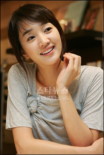 Foto Soo Ae Artis Korea Cantik