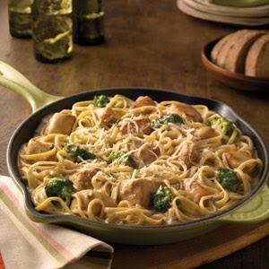 Campbell's® Chicken & Broccoli Alfredo