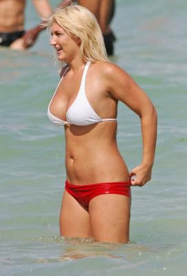 Brooke Hogan image