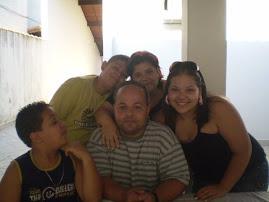 Minha família : Eu e minha casa serviremos ao Senhor
