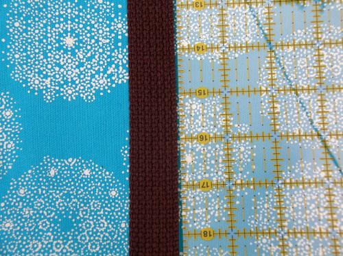 [blue+fabric+]
