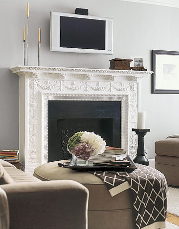 Frame fanatic motivational monday mantel decor ideas for Decor over fireplace