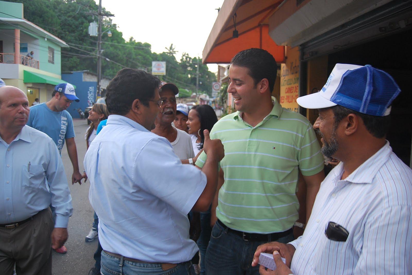 La Ciudad de Las Amapolas: Enmanuel Bautista con Mano a Mano en ...