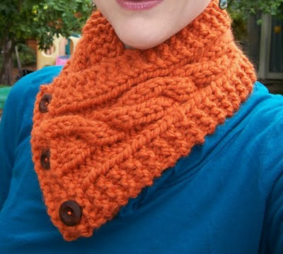 Knitting Pattern For Scarflette : Herbst Handmade: Theres still time to knit a cabled ...