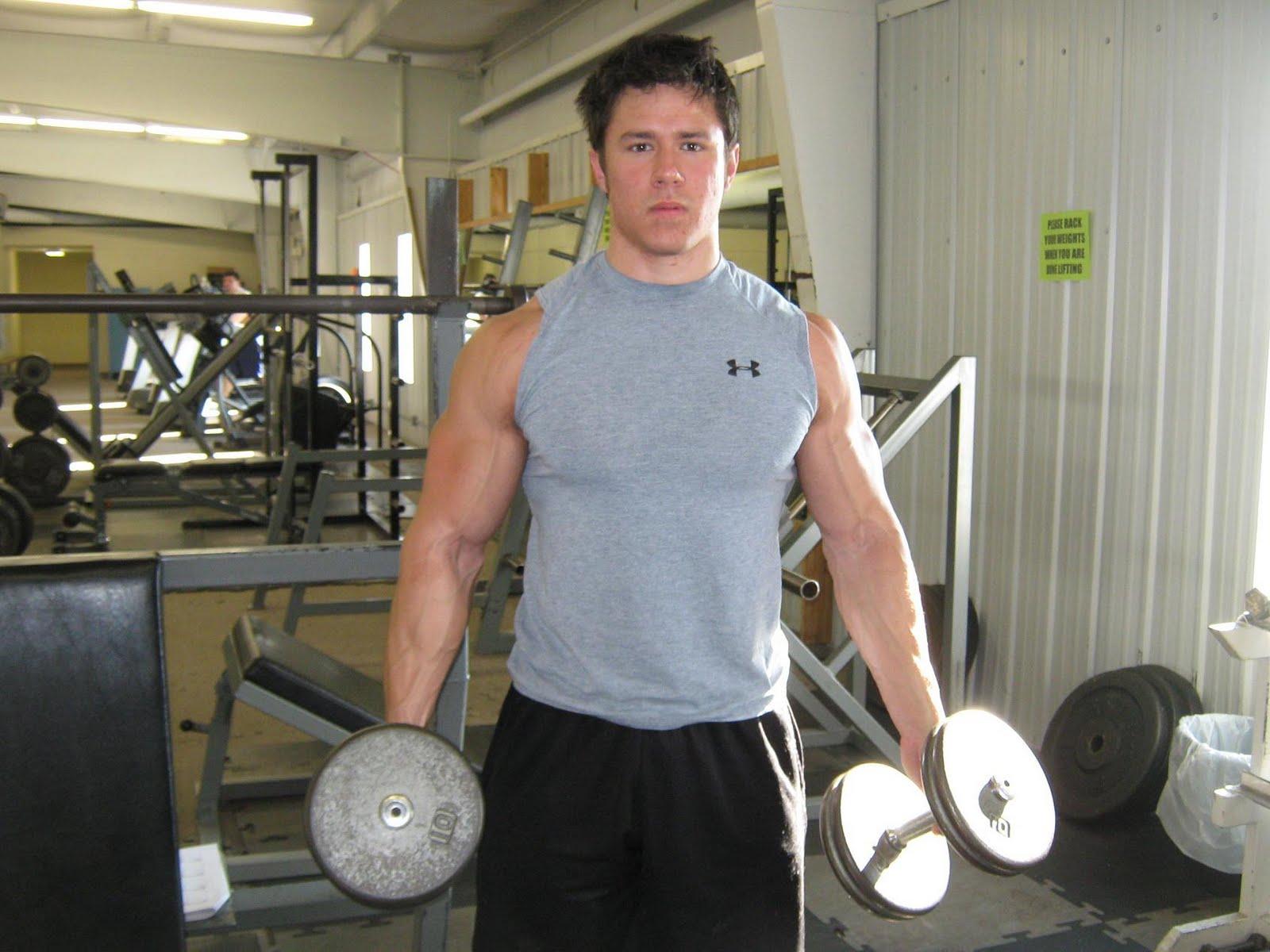 http://2.bp.blogspot.com/_cw3nwHF2m1g/S87uHIk5UnI/AAAAAAAAPN8/_4oaksFIt8k/s1600/gym1.jpg