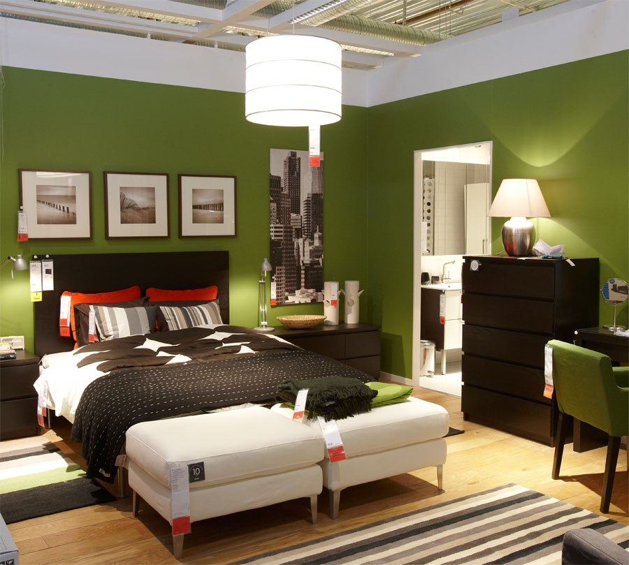 Diy home sweet home master bedroom inspiration Master bedroom with green walls