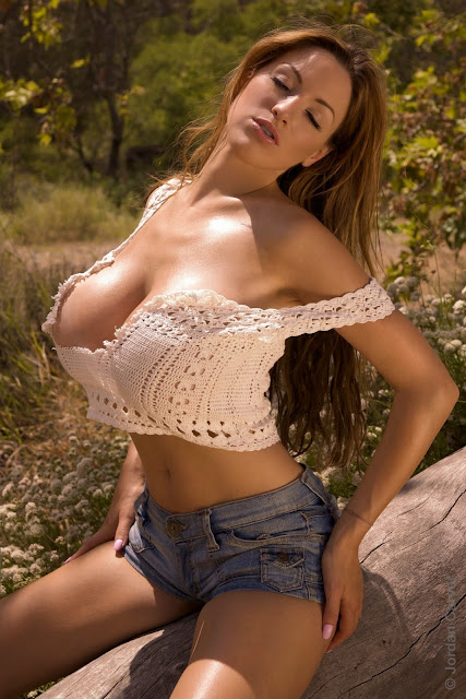 Jordan Carver Sexy Hot Big Boobs Lost