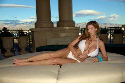Jordan Carver in sexy poolside photoshoot