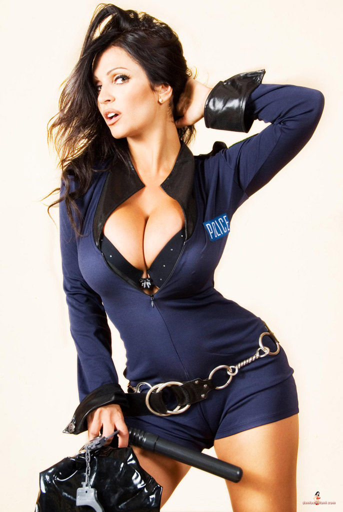 [Image: Denise+Milani+as+a+hot+police+officer+(9).jpg]