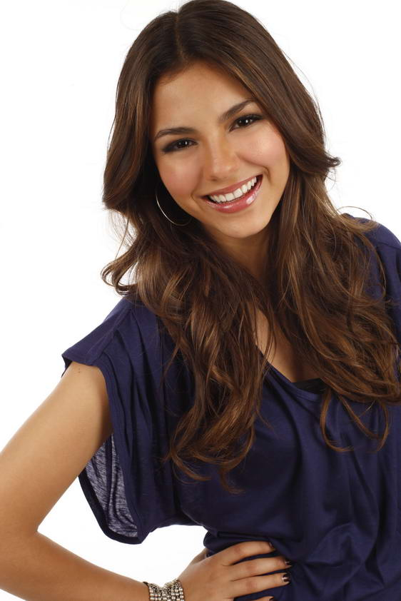 victoria justice modeling. Victoria Justice in Charming