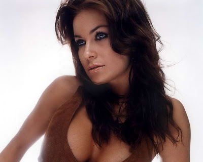 Carmen Electra in Wonderful Brown Vest Fashion Model Photo Shoot Session