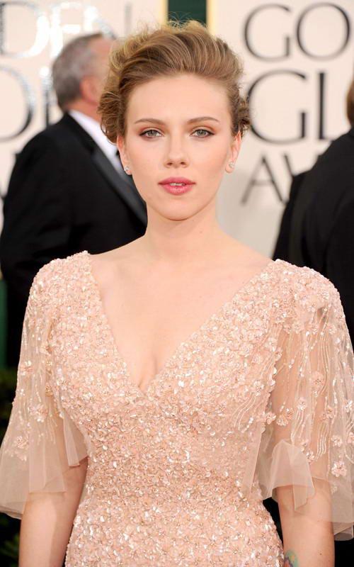 scarlett johansson dresses 2011. Scarlett Johansson in Beaded