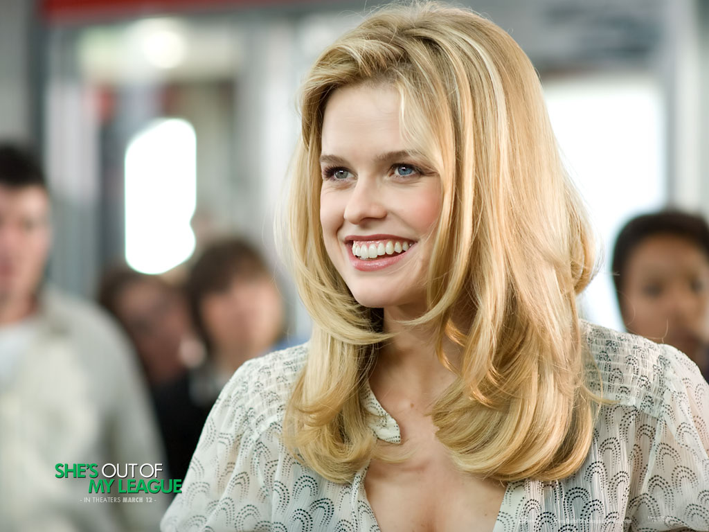 http://2.bp.blogspot.com/_cyO4ePvRaro/TF2efLK6VfI/AAAAAAAAAVY/tnnDIfy6N4U/s1600/Alice_Eve_in_Shes_Out_of_My_League_Wallpaper_15_800.jpg